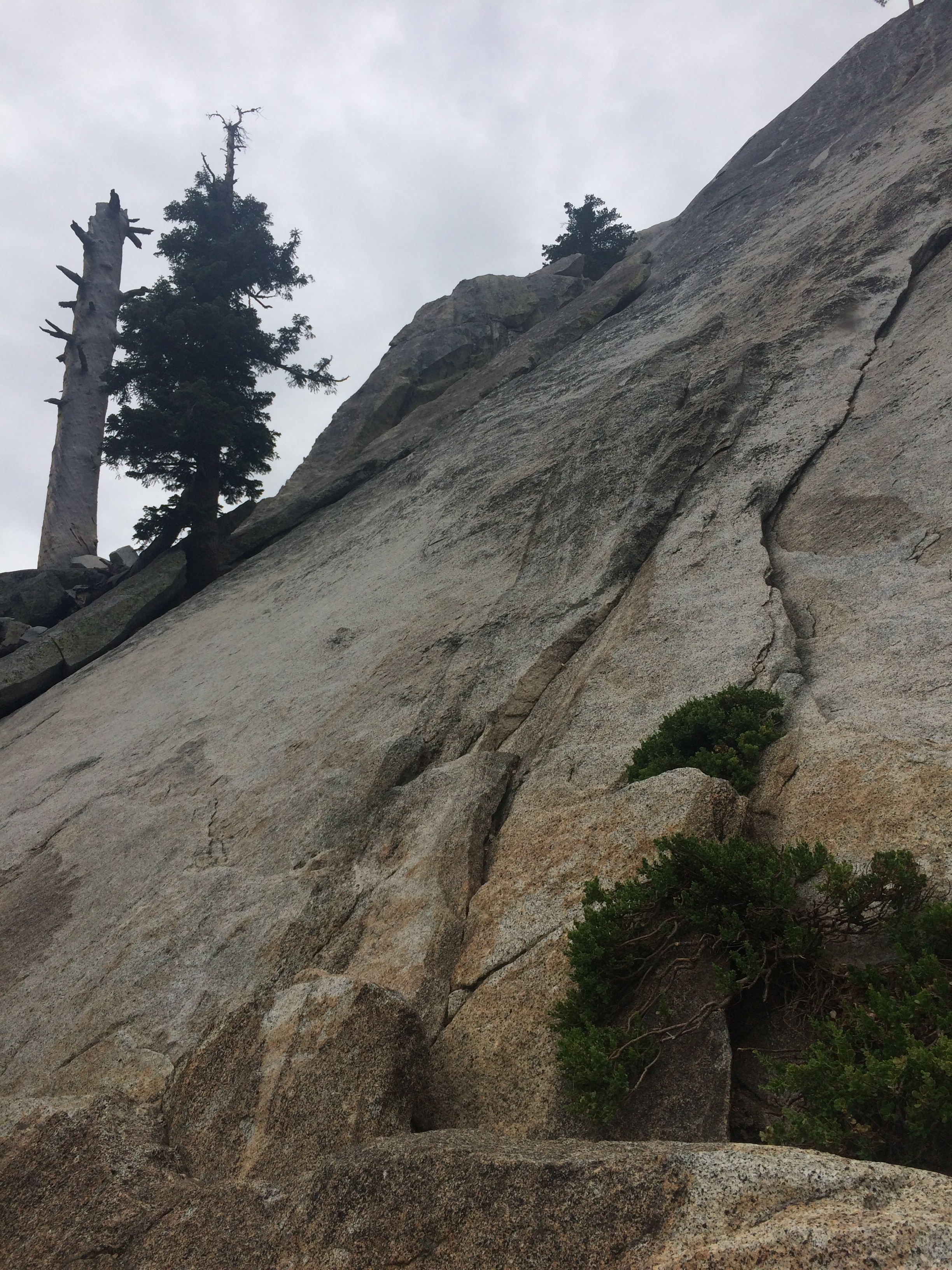 Suicide Rock Climbers Trail
